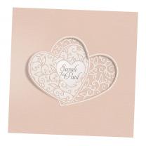"""Hochzeitseinladungen """"Belarto"""" aus schimmerndem Metallickarton mit ausgefallender Formstanzung und raffinierter Falttechnik sowie Ornamenten in Velourhaptik"""