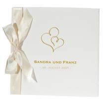 Romantische Vermählungskarte aus festlichem Büttenkarton mit zarter Satin-Zierschleife