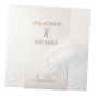 """Hochzeitseinladungen """"Feder"""" aus luxuriösem Materialmix mit eleganter Veredelung und echter Feder"""