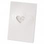 Menükarten zur Hochzeit mit glänzender Reliefprägung und charmanter Herzstanzung