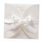 Romantische Hochzeitseinladngen mit hübscher Schleife