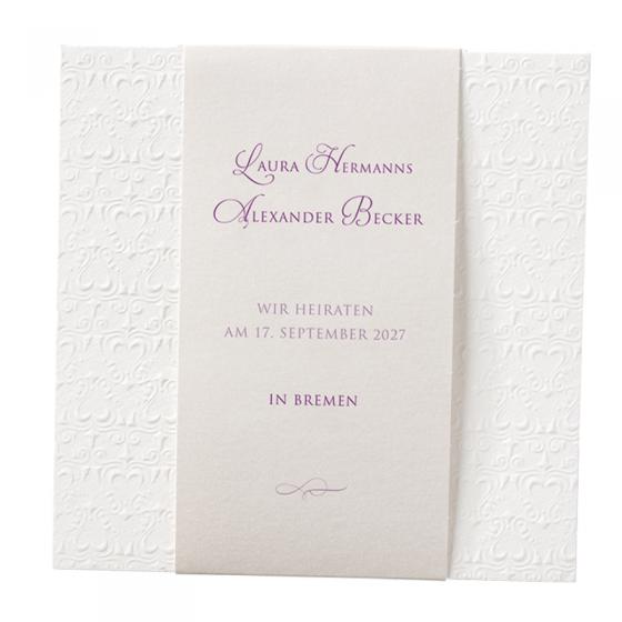 Elegante Hochzeitskarten aus extravagantem Materialmix mit raffinierter Falttechnik