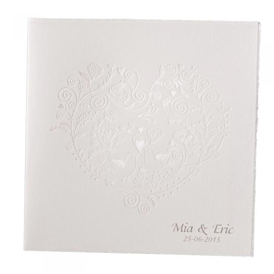 Handgeschöpfte Hochzeitseinladungen mit edler Folienprägung