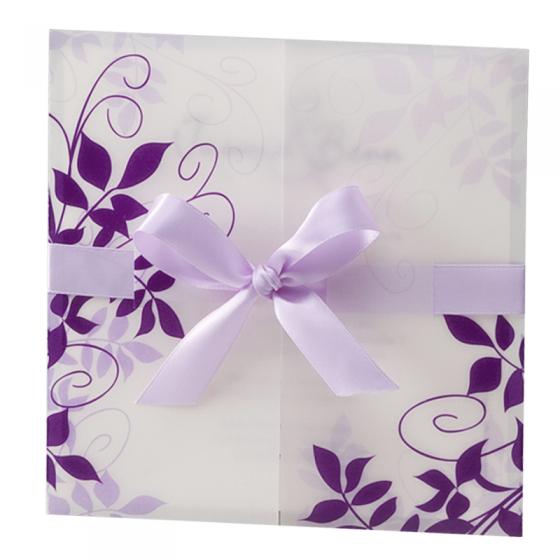 Romantische Hochzeitskarten mit floralen Ornamenten und zarter Satin-Zierschleife
